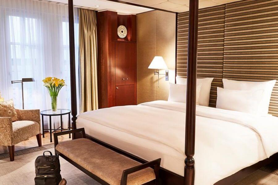 איך לעצב את חדר השינה כמו מלון יוקרה - מאיה לוי Secretour בלוג טיולים