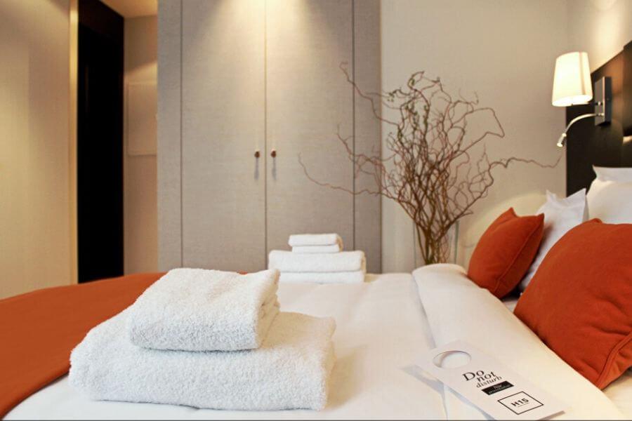 איך לעצב את חדר השינה כמו מלון לקשרי - מאיה לוי Secretour בלוג טיולים